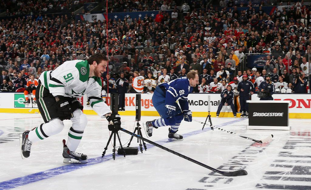 COLUMBUS, OH - JANUARY 24:  Tyler Seguin #91 of the Dallas Stars and Team Toews competes against Phil Kessel #81 of the Toronto Maple Leafs and Team Foligno during the Bridgestone NHL Fastest Skater event of the 2015 Honda NHL All-Star Skills Competition at Nationwide Arena on January 24, 2015 in Columbus, Ohio.  (Photo by Bruce Bennett/Getty Images)
