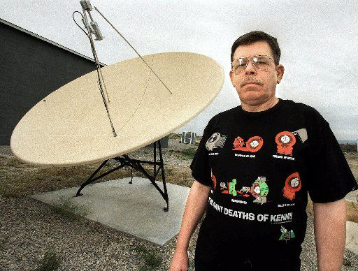 Art Bell at his home in Pahrump, Nev.,  May 12, 1998.