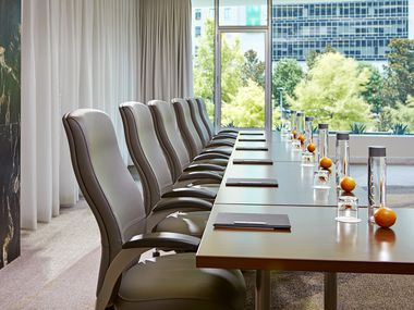 Dallas hotels are adding flexibility to their check-in hours and touting luxurious workspaces to appeal to workers stuck in the confines of home. The Statler is offering packages to book its business-centric conference and ballrooms for periods as short as a single day.