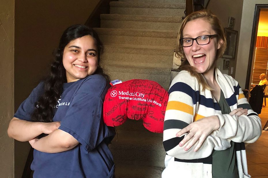 Out of their kidney donation experience, Neelam Bohra and Leah Waters have forged a friendship.