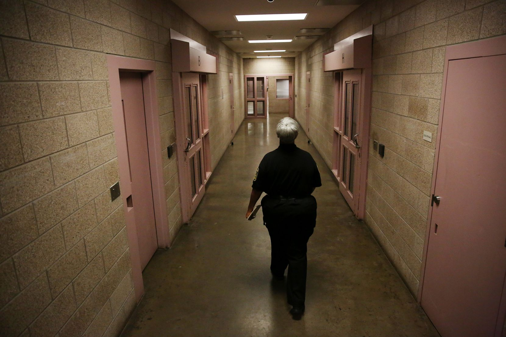 Inside the Kays Tower at Lew Sterrett Jail in Dallas (2017 File Photo/Andy Jacobsohn)