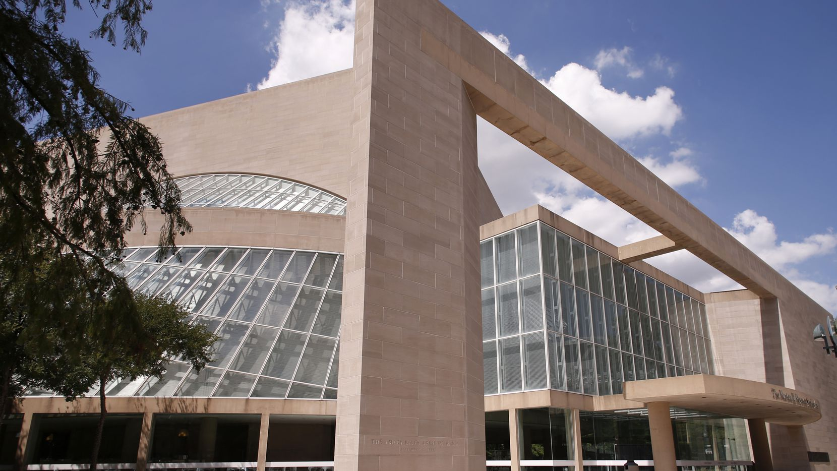 The Morton H. Meyerson Symphony Center is a big, bombastic crowd-pleaser designed by architect I.M. Pei.