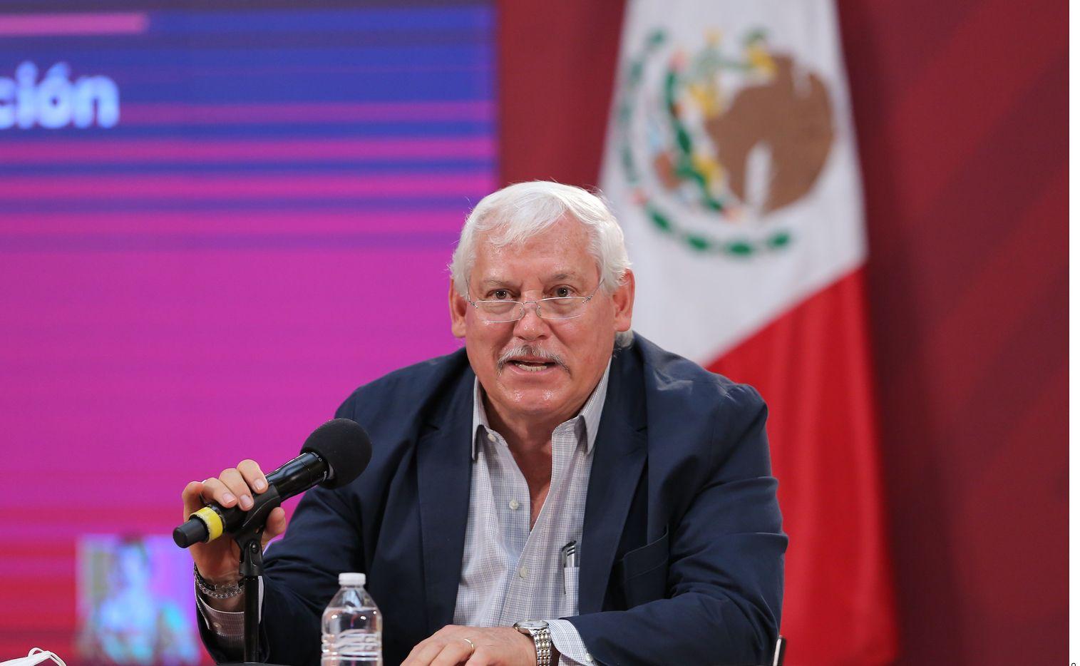 Víctor Villalobos Arámbula, Secretario de Agricultura y Desarrollo Rural, fue diagnosticado con Covid-19, por lo que se mantendrá en aislamiento y trabajando desde casa.