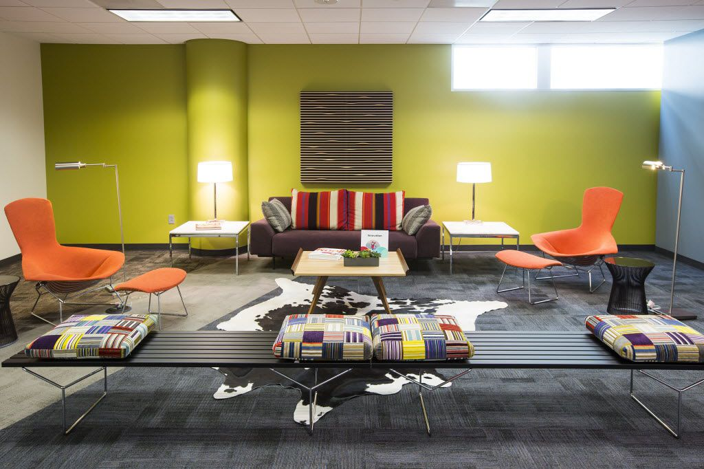 A lounge area furnished by Knoll. (Smiley N. Pool/The Dallas Morning News)