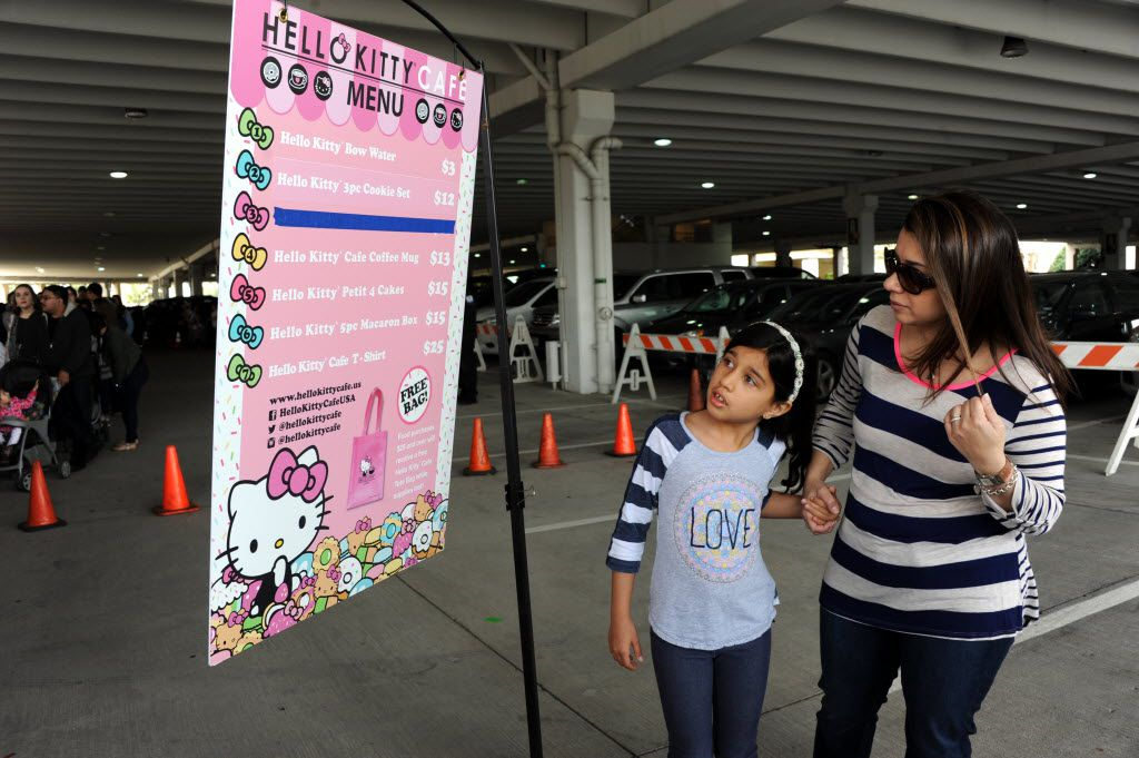 Fans decide which items to purchase at the Hello Kitty Cafe Truck at The Shops at Willow Bend in Plano, TX on March 12, 2016. (Alexandra Olivia/ Special Contributor)