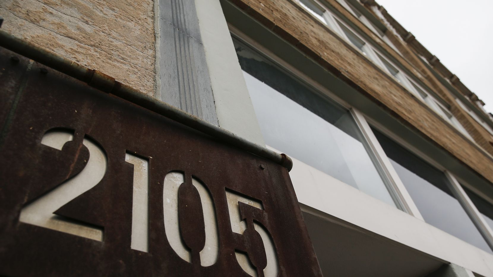 The building at 2105 Commerce will become a micro-hotel. (Ryan Michalesko/The Dallas Morning News)
