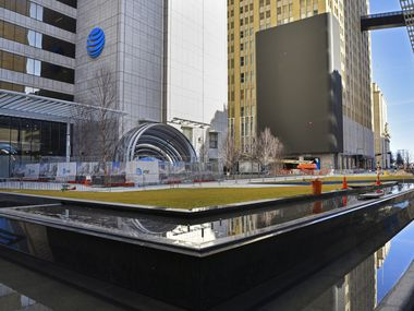 AT&T Discovery District is located on Commerce Street in the middle of the Fortune 500 company's downtown Dallas campus. When all the amenities open in May 2020, the Discovery District will be open to anyone, not just AT&T employees.