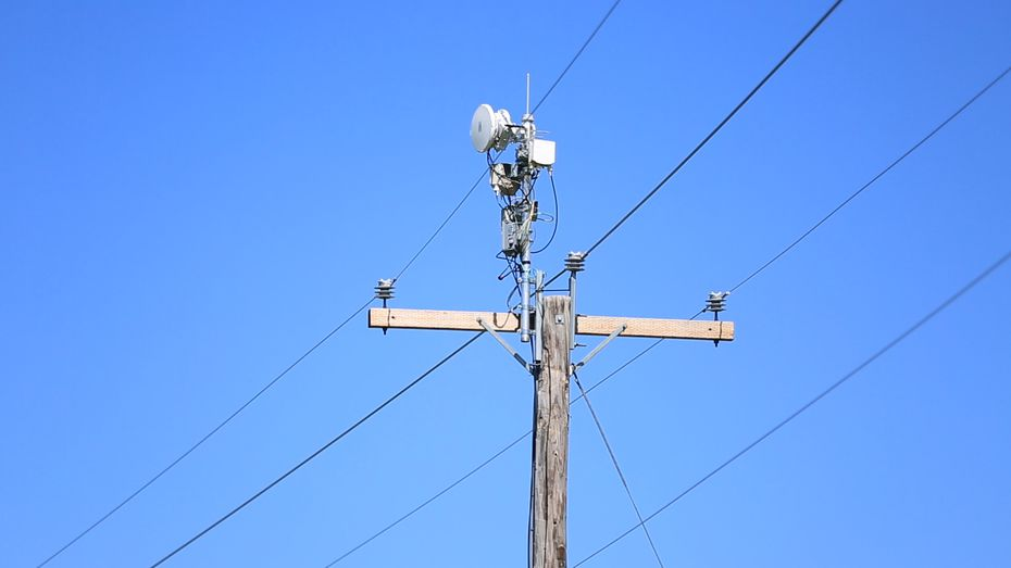 Instead of laying fiber, AT&T could use plastic antennas placed along power lines to deliver ultra high-speed internet to homes and smartphones.