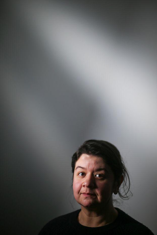 Artist Leslie Martinez