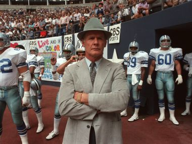 Dallas Cowboys coach Tom Landry waits at the tunnel entrance with the players before a game against the Tampa Bay Buccaneers.