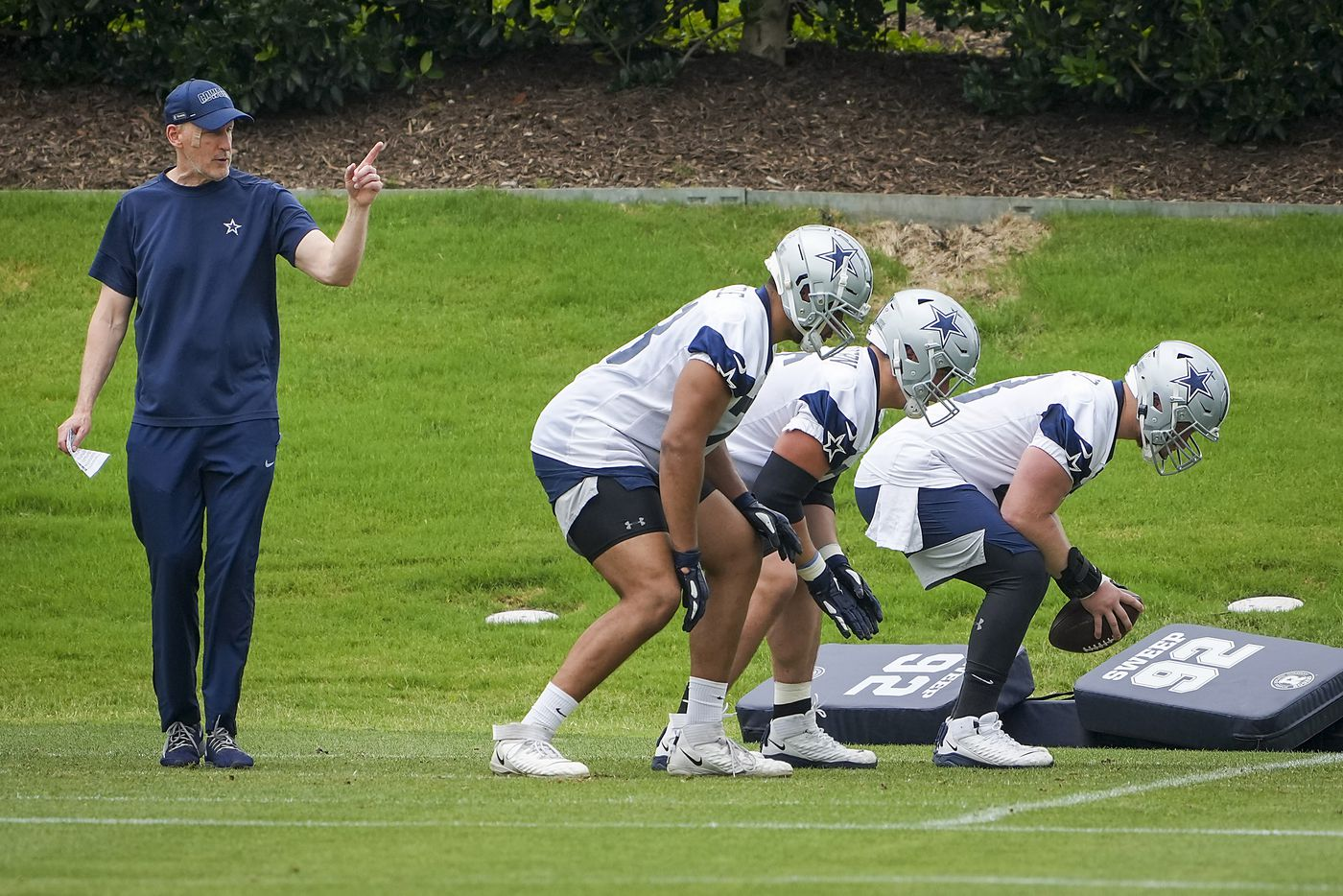 Dallas Cowboys offensive line coach Joe Philbin directs a drill during a minicamp practice at The Star on Wednesday, June 9, 2021, in Frisco. (Smiley N. Pool/The Dallas Morning News)