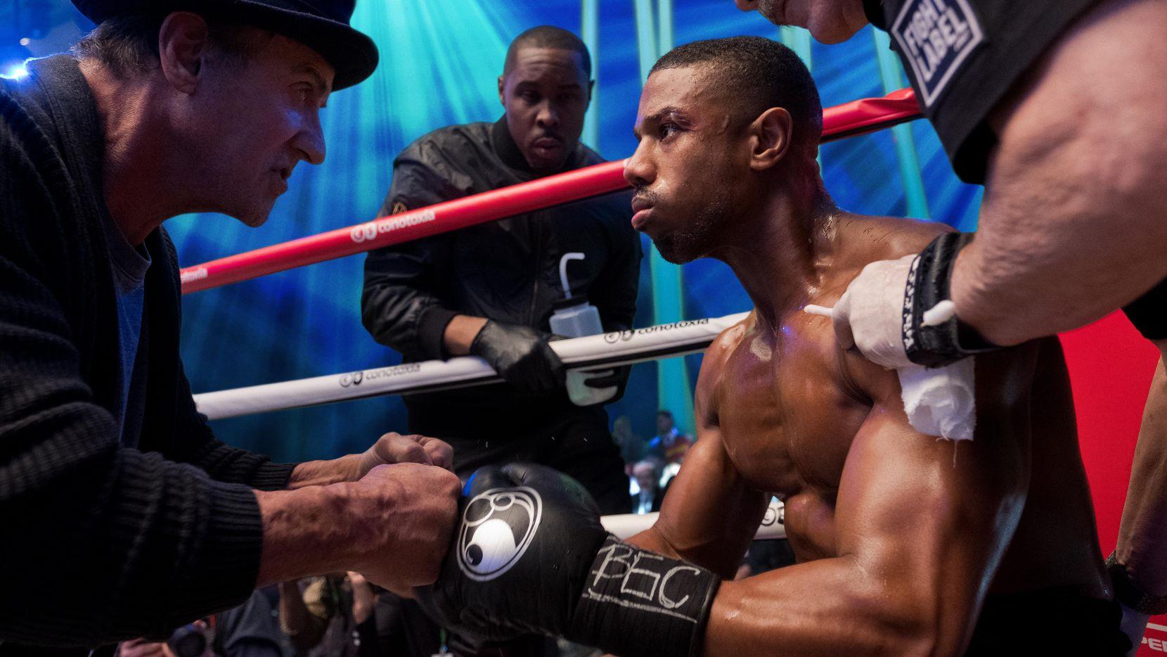 Sylvester Stallone (izq.) es Rocky Balboa y Michael B. Jordan, Adonis Creed en Creed II.(Metro Goldwyn Mayer Pictures & Warner Bros. Pictures)