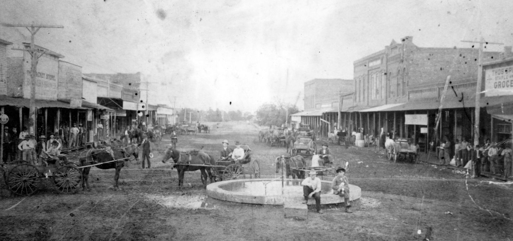 Arlington mineral well, looking east from Main and Center streets, in 1900.