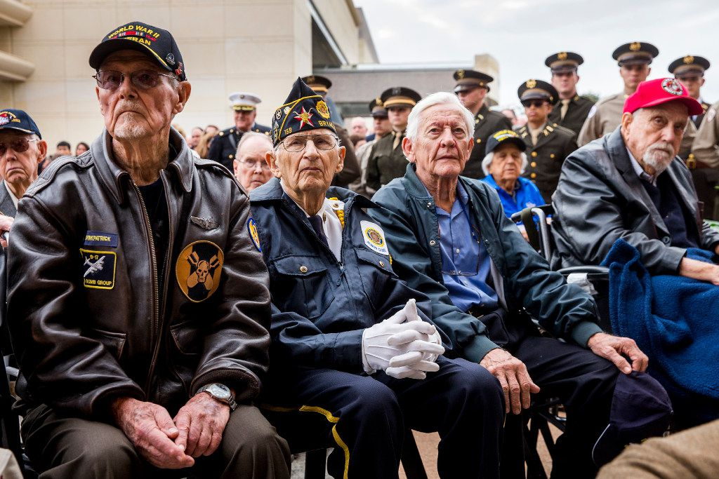 World War II veterans attend a 75th Anniversary of Pearl Harbor commemoration at the George Bush Presidential Library on Wednesday, Dec. 7, 2016, in College Station, Texas. (Smiley N. Pool/The Dallas Morning News)