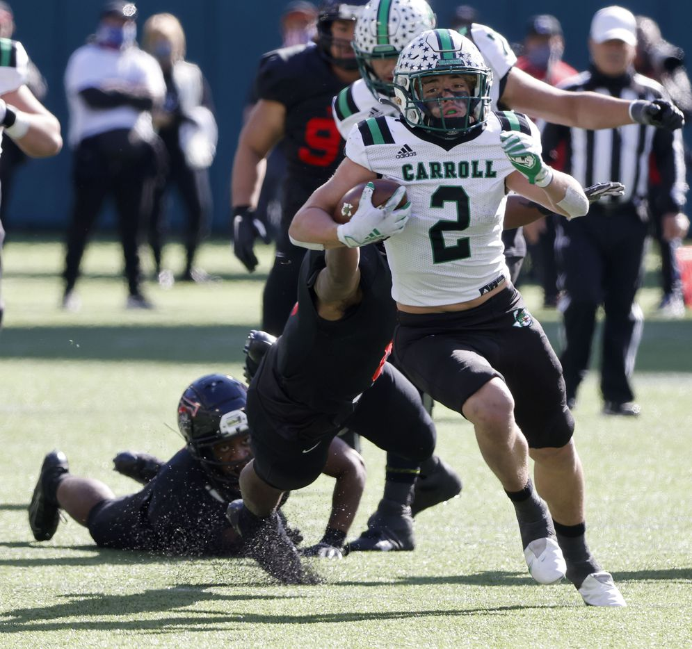 Southlake running back Owen Allen (2) runs for yardage against Euless Trinity during the Class 6A Division I Region I high school football final, in Arlington, Texas, on Jan. 2, 2020. Southlake won 59-35.(Michael Ainsworth/Special Contributor)