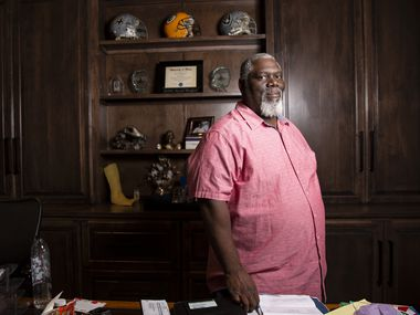 Former Cowboys defensive tackle Russell Maryland poses for a photo at his home in Southlake on Monday, Oct. 26, 2020. Maryland, a Southlake resident, is member of a diversity council that was formed after a racist video from Carroll HS students surfaced in 2018.
