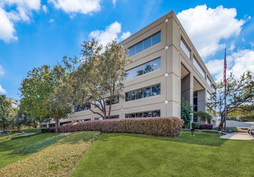 Dallas' Twinrose Investments purchased the Carpenter Court office building in Irving.