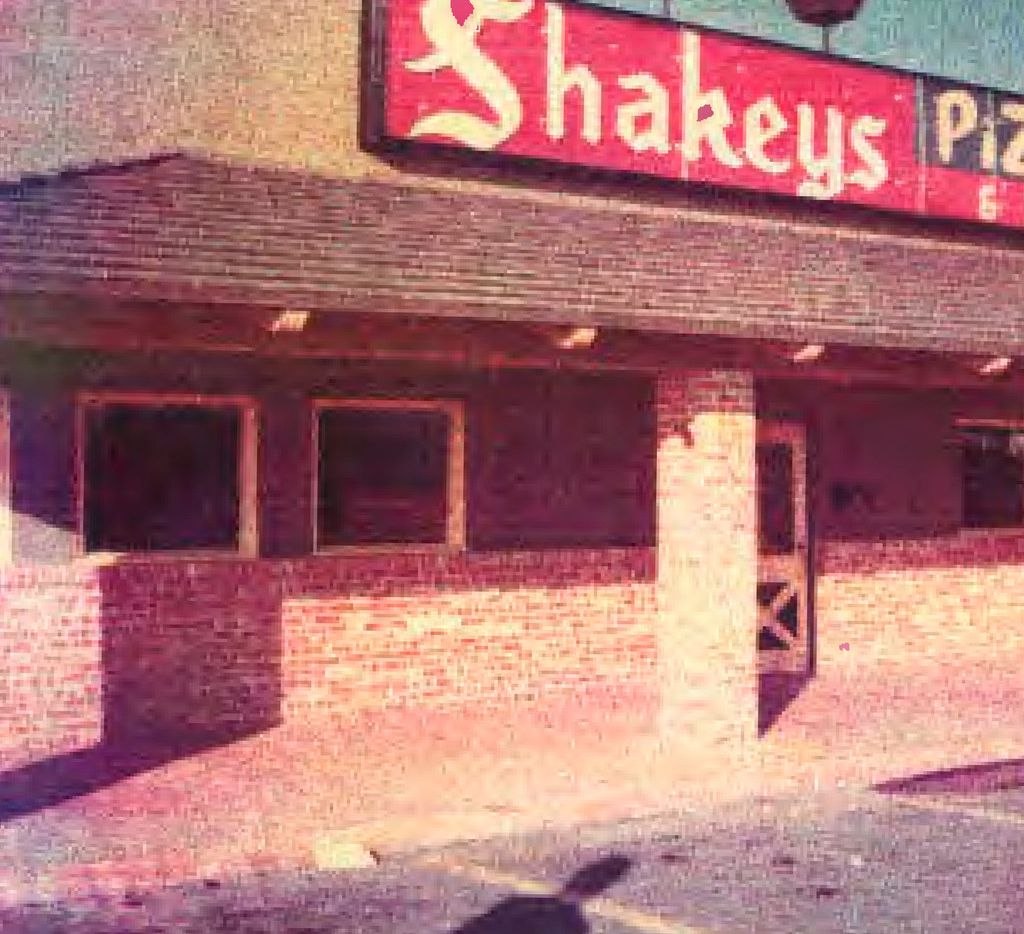 The Northwest Highway location of Shakey's Pizza Parlor, owned by Andy Stasio, was the first Shakey's in DFW. The photo, taken around 1965, was provided by his son.