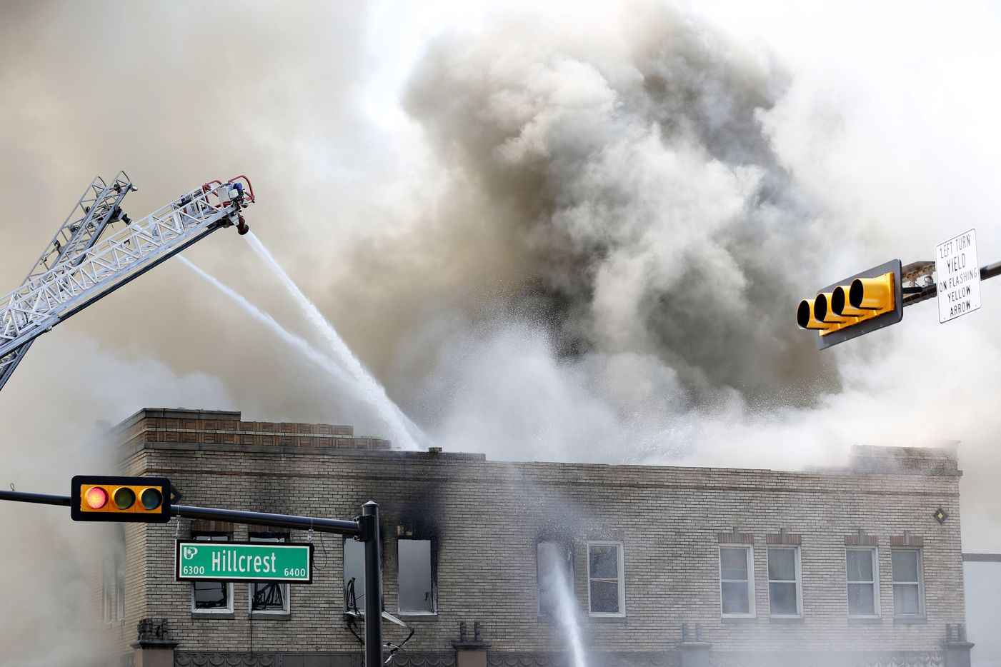 Firefighters respond to a fire at Goff's on Hillcrest Avenue in Dallas Friday August 12, 2016. (Andy Jacobsohn/The Dallas Morning News)