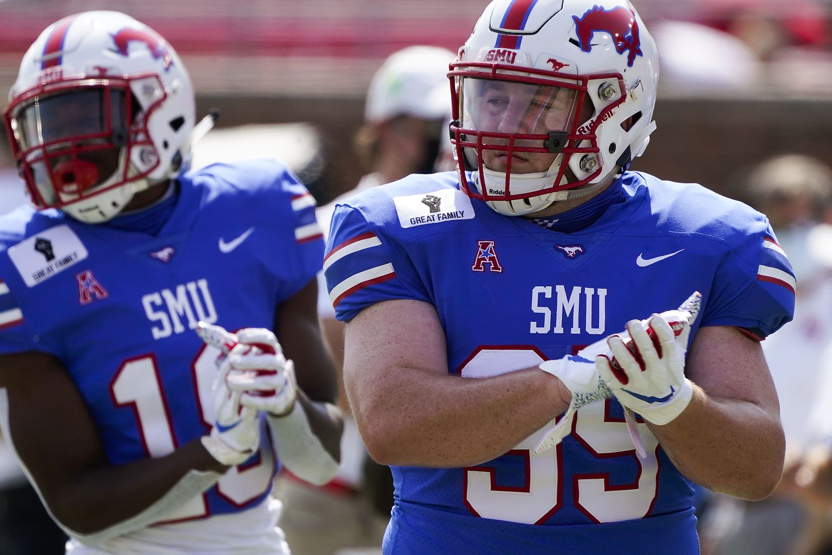 SMU defensive tackle Will Jones (95) warms up before an NCAA football game against Memphis at Ford Stadium on Saturday, Oct. 3, 2020, in Dallas. (Smiley N. Pool/The Dallas Morning News)