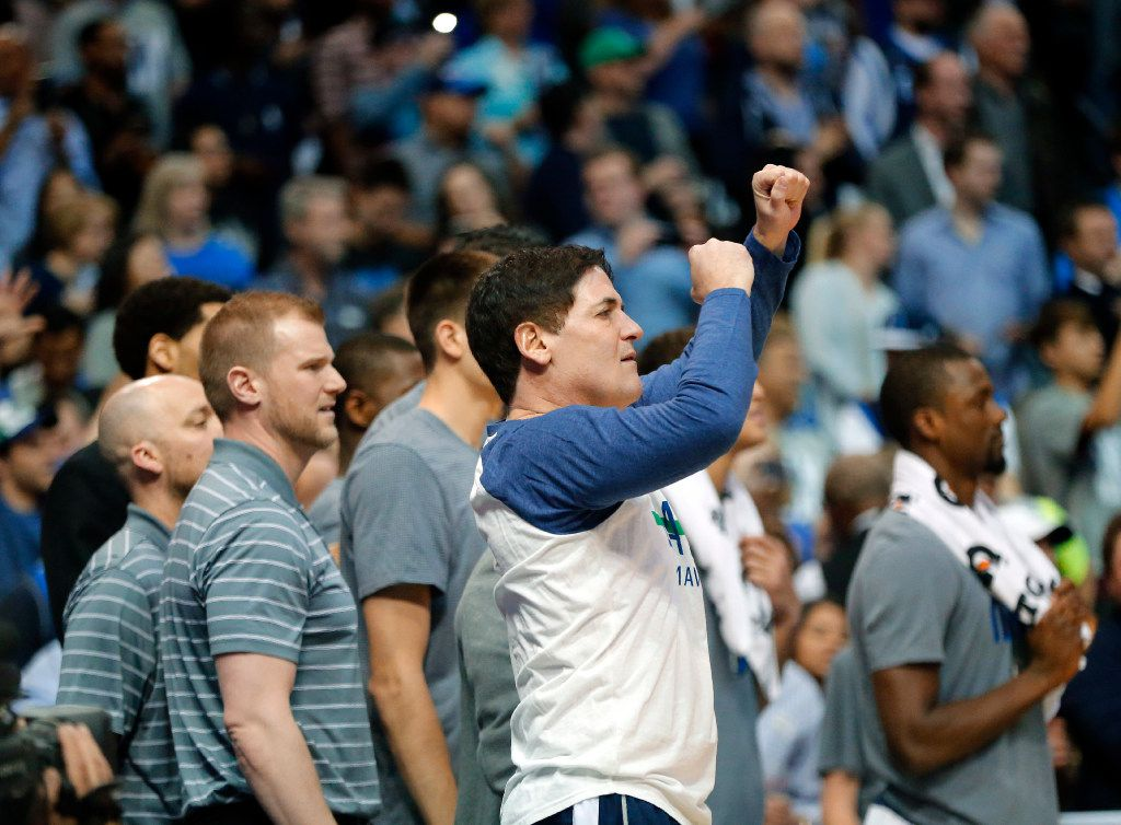 Dallas Mavericks owner Mark Cuban celebrates Dirk Nowitzki's 30,000 point against the Los Angeles Lakers in the second quarter at the American Airlines Center in Dallas, Tuesday, March 7, 2017. Dirk is only the 6th player in NBA history to reach the milestone. (Tom Fox/The Dallas Morning News )