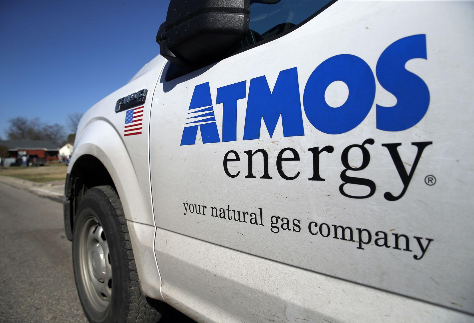 An Atmos Energy gas truck patrols a Dallas neighborhood.