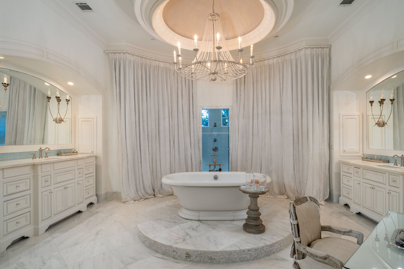 Former Dallas Cowboys star Jason Witten is selling his mansion in Westlake's Vaquero neighborhood for $4.7 million.