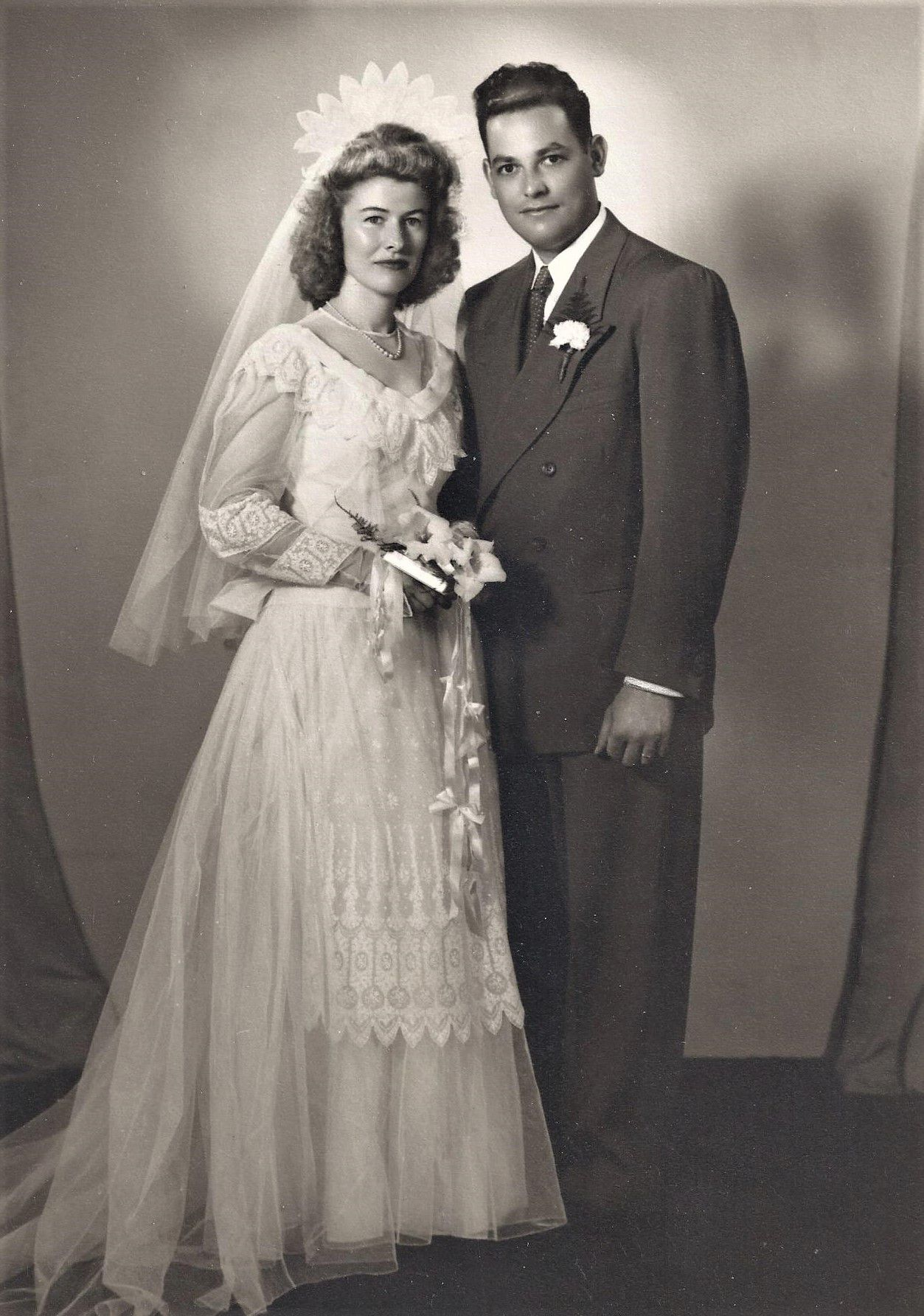 Newlyweds Clara and Francis Dieter in 1947.