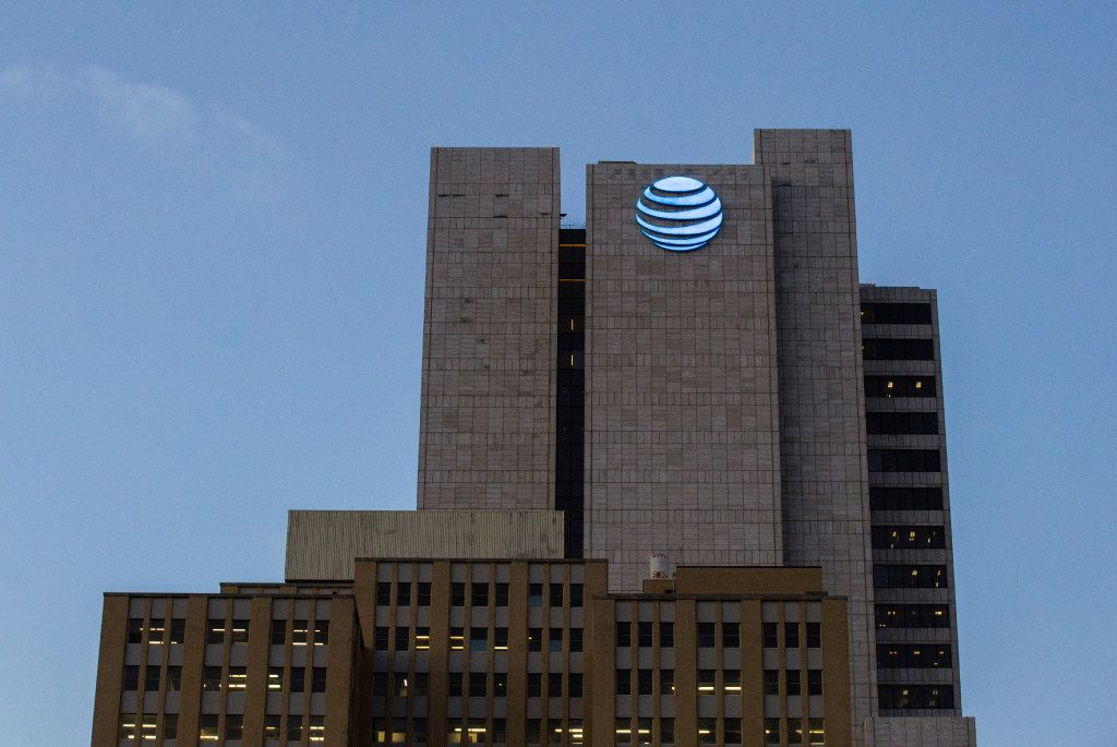 The AT&T headquarters building on Monday, October 24, 2016 in downtown Dallas. (Ashley Landis/The Dallas Morning News)