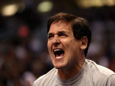 EL propietario de los Dallas Mavericks, Mark Cuban, recibió con incredulidad la suspensión de la temporada de la NBA.