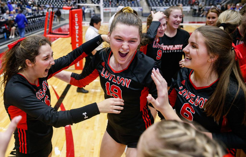 LovejoyÕs Lexie Collins (19) (center) celebrates with her team after beating Friendswood in the fourth and final set of a class 5A volleyball state semifinal match at the Curtis Culwell Center in Garland, on Friday, November 22, 2019. Lovejoy advanced to finals after winning the fourth set 25-22. (Juan Figueroa/The Dallas Morning News)