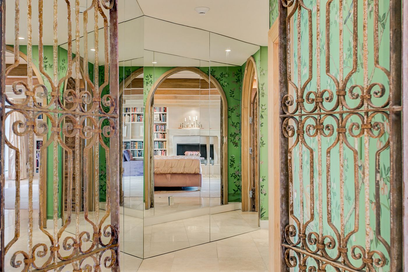 A look at the living room gate at 3701 Turtle Creek Boulevard Penthouse A in Dallas.