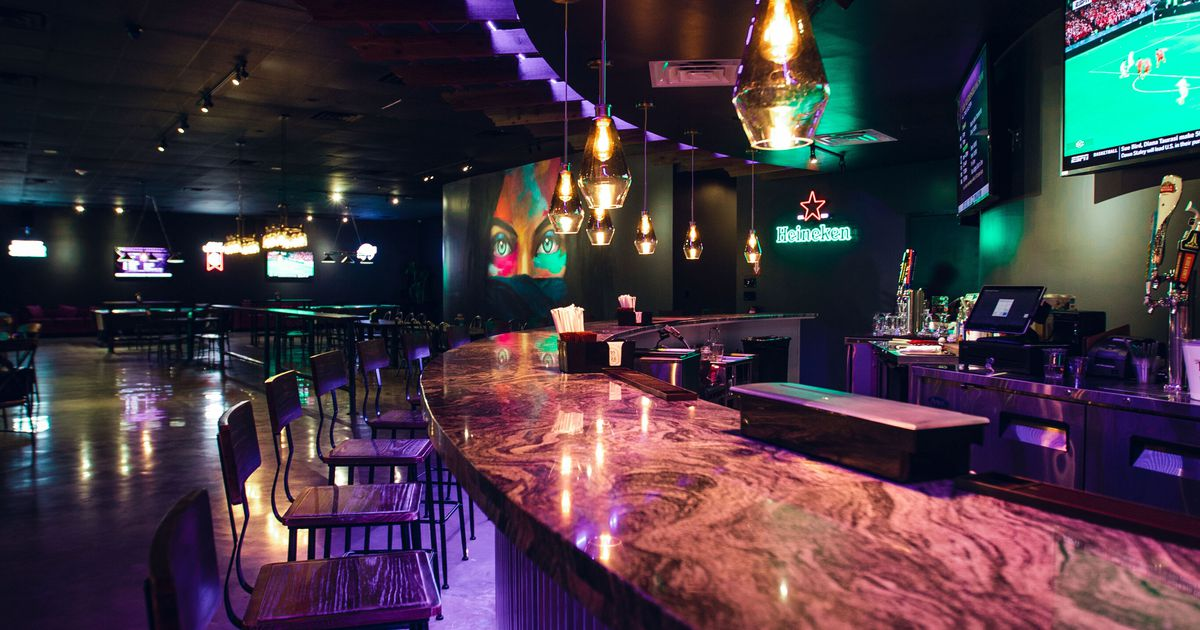 New Irving 'hangout' serves conventional American bar fare, Tex-Mex and Nepalese snacks