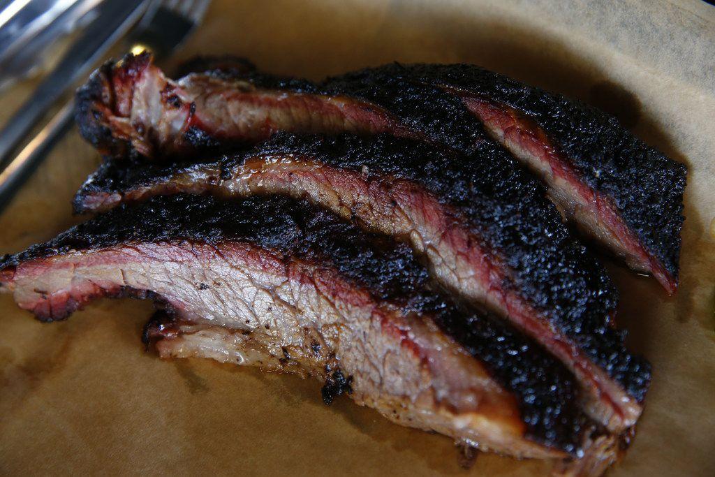 Smoked brisket at Ferris Wheelers Backyard & BBQ in Dallas on Sept. 25, 2017.   (Nathan Hunsinger/The Dallas Morning News)