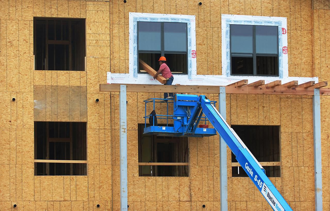 More than 34,000 rental units, including these in Denton, were under construction in the area in the first quarter.