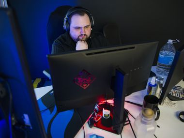 "Dallas Fuel Head Coach Aaron ""Aero"" Atkins practices on Wednesday, January 29, 2020 at Envy Gaming headquarters in Dallas."