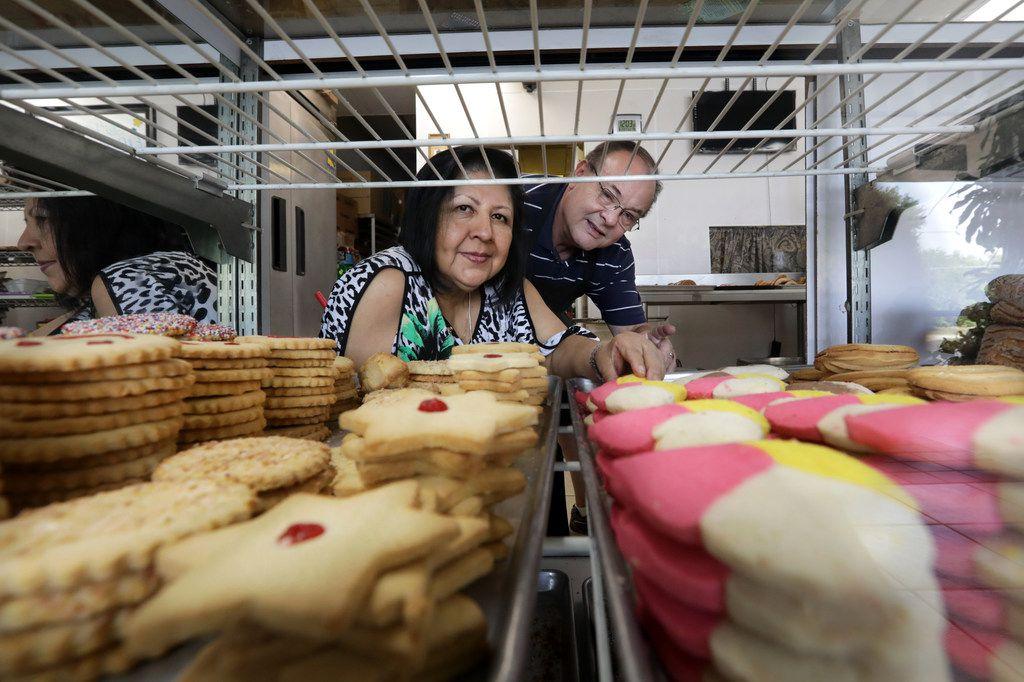 Caty and Danny Graves of La Poblanita Bakery in Dallas