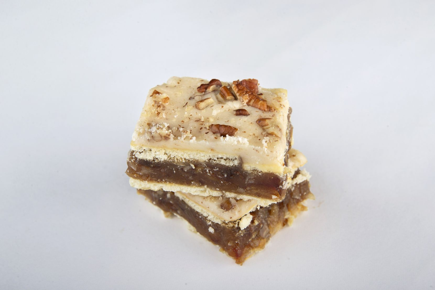 The no-bake coconut date cracker bars with browned butter glaze made by Vicki Carlisle won third place in the cookie bar category.