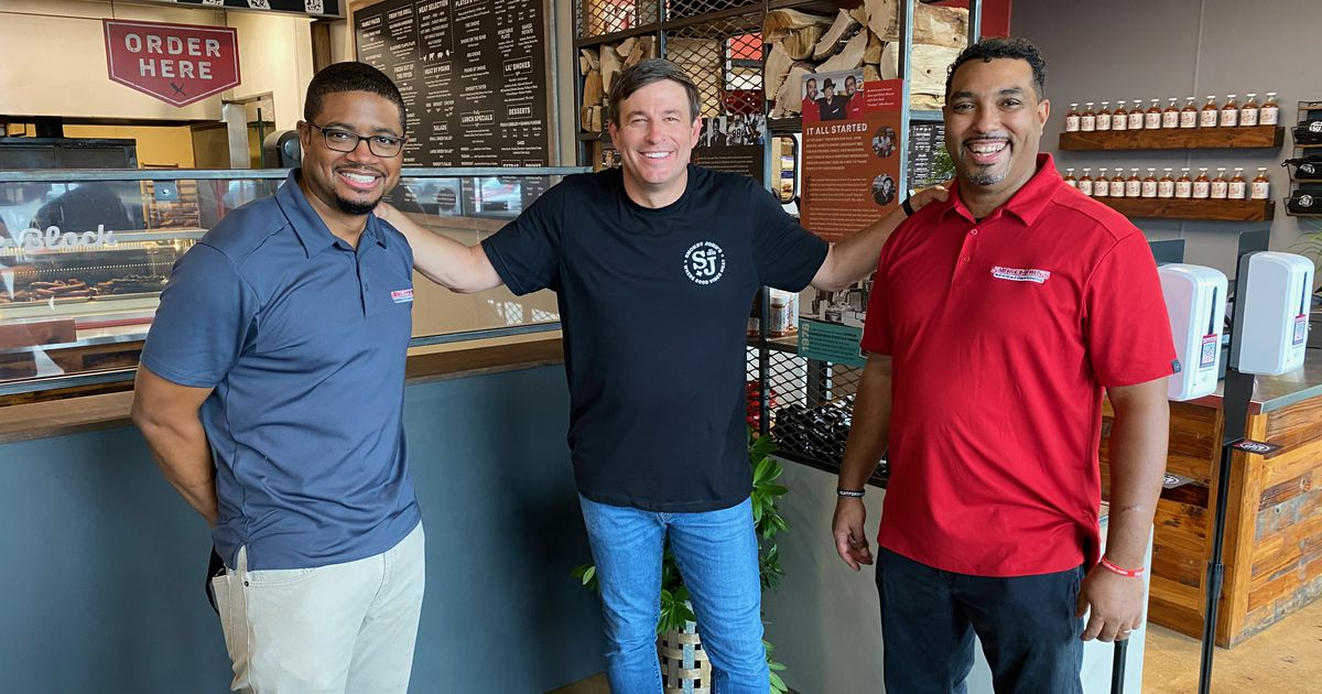 On TV show 'Restaurant Recovery,' Dallas barbecue joint gets $100,000 mid-pandemic