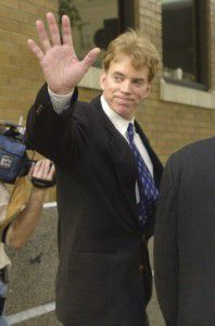 Duke waves after walking away from the federal courthouse in New Orleans, Dec. 18, 2002. (AP photo)