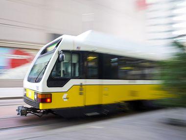 El servicio de tren DART tendrá un horario modificado durante el fin de semana de Labor Day.