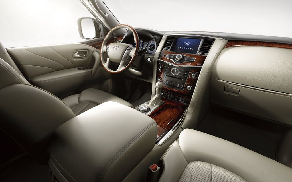 The 2016 Infiniti QX80 has a polished, well-executed interior. It is offered in three models: QX80, QX80 AWD and QX80 AWD Limited, the most premium SUV ever offered by the brand.