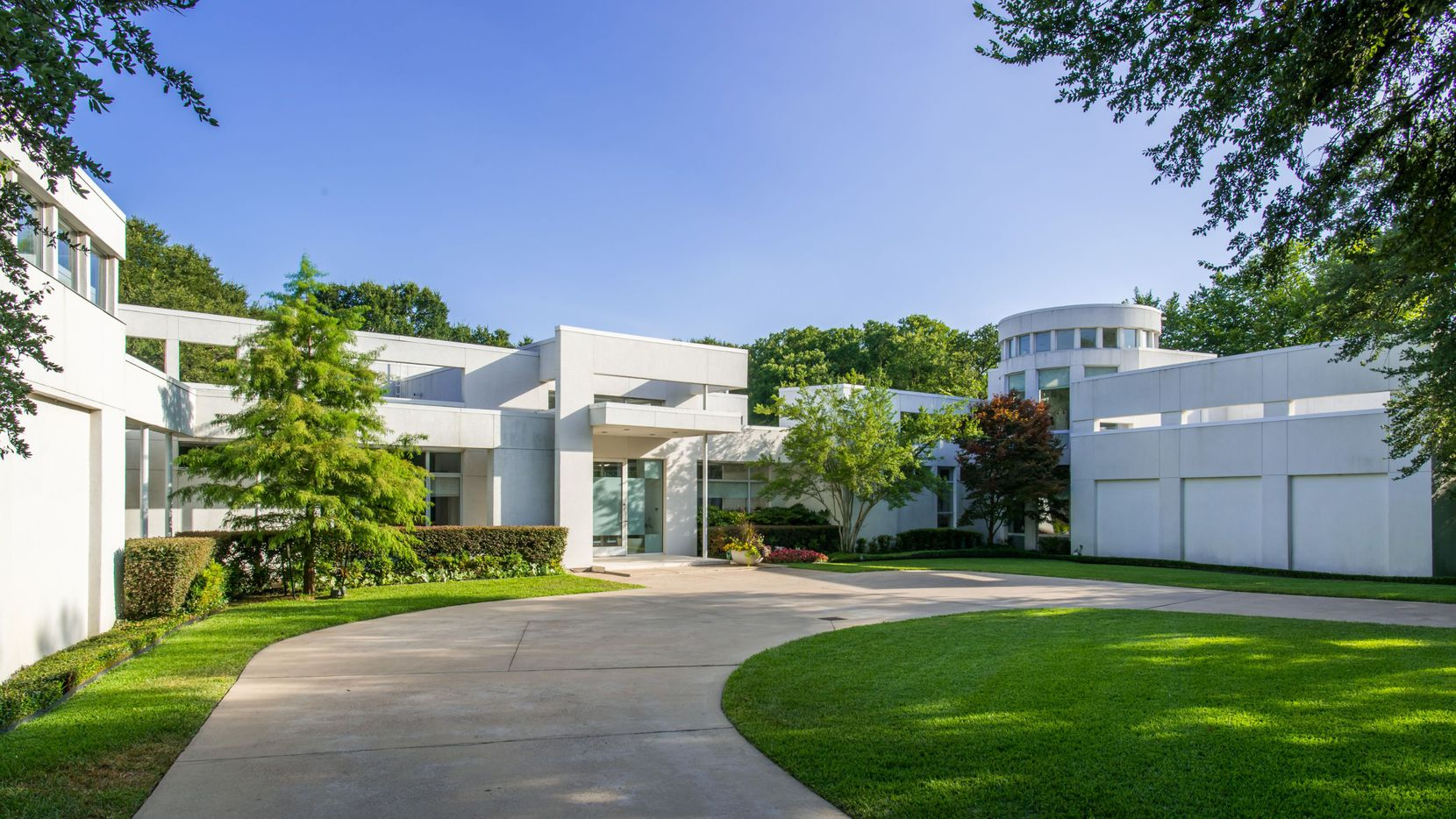 Take a look at the home at 4130 Cochran Chapel Road in Dallas.