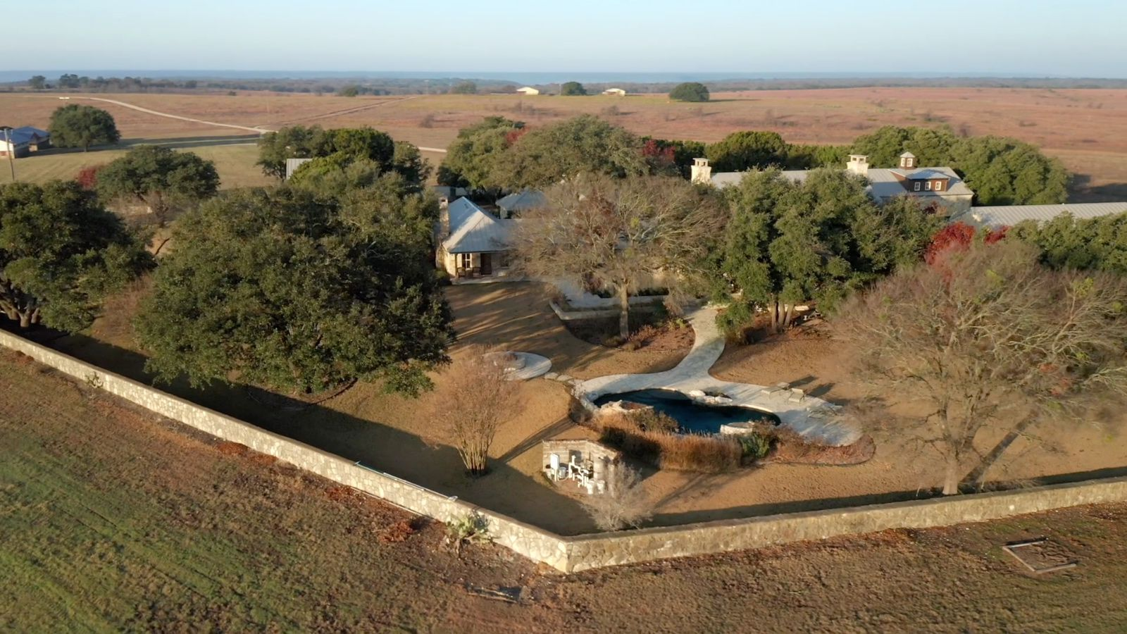 The Rocosa Ridge Ranch can be purchased in one or two sections.