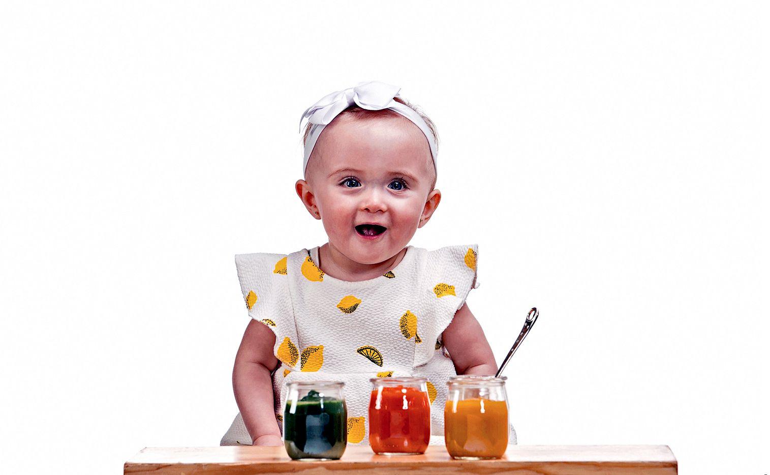 Los bebés comienzan a  reciben nutrientes por medio del líquido amniótico cuando están en el vientre de la madre. (AGENCIA REFORMA)