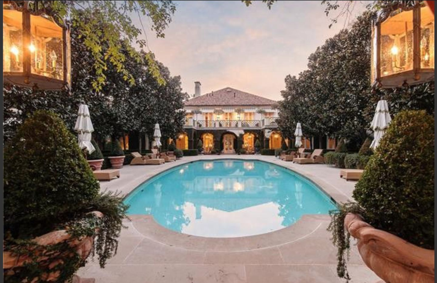 Oilman T. Boone Pickens' house is on about an acre.