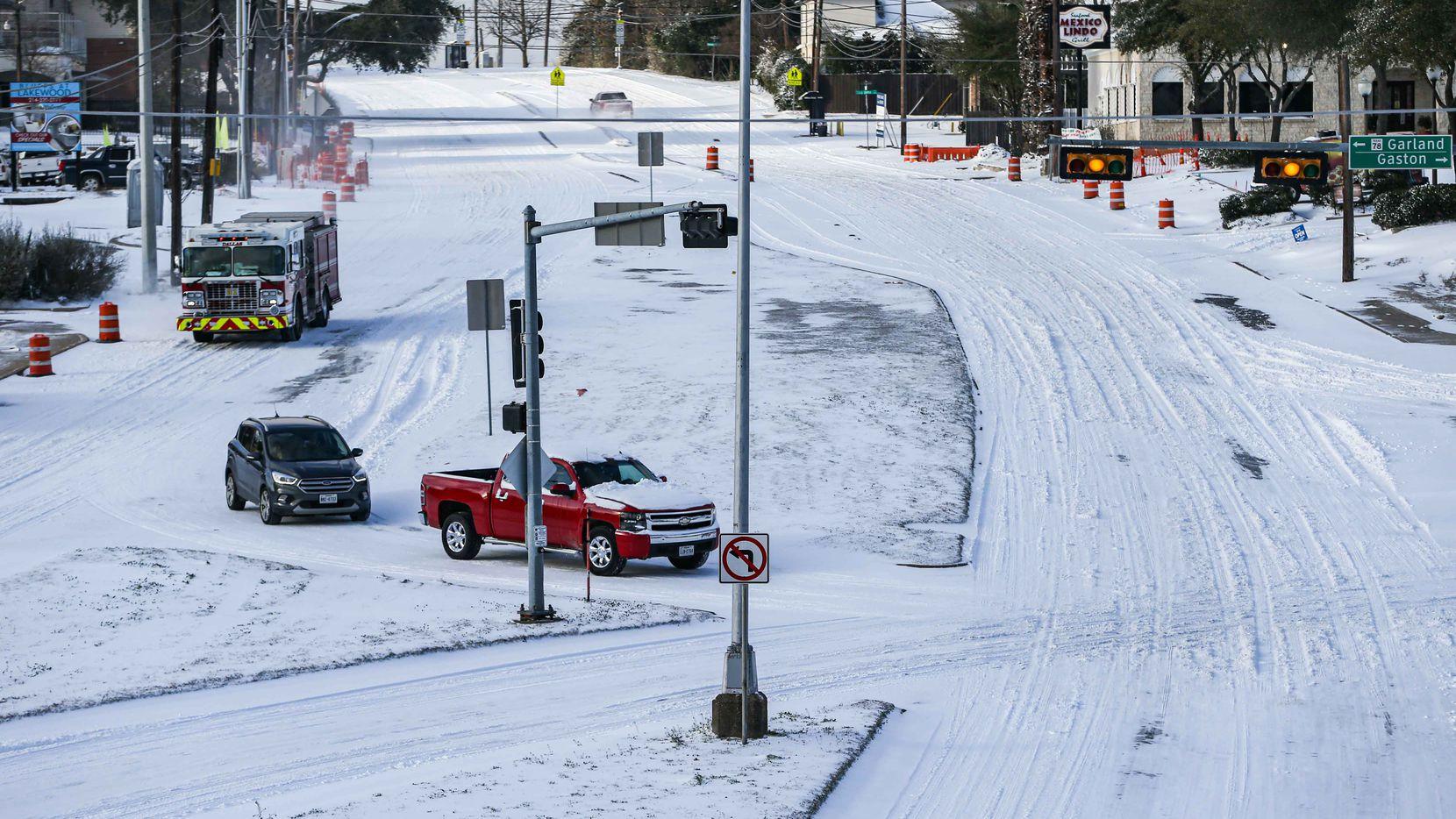 El frío extremo que se vive en Texas ha afectado el servicio eléctrico de varios usuarios en el Norte de México.