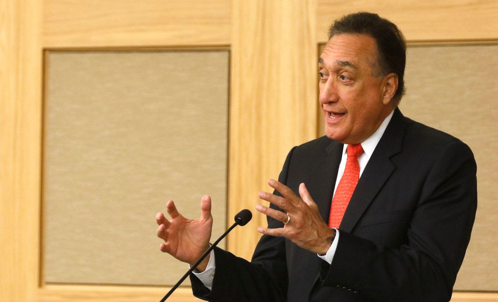 Former U.S. Secretary of Housing and Urban Development Henry Cisneros was one of several speakers at the Cities, Suburbs, and the New American Symposium at SMU on Oct. 26, 2017.