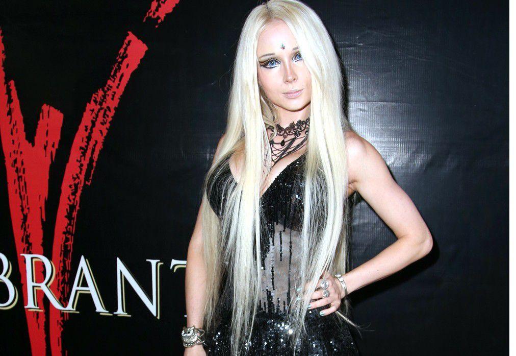 """Valeria Lukyanova, mejor conocida como """"La Barbie Humana"""" declaró que solamente se ha operado el busto y que el resto de su cuerpo es natural./AGENCIA REFORMA"""