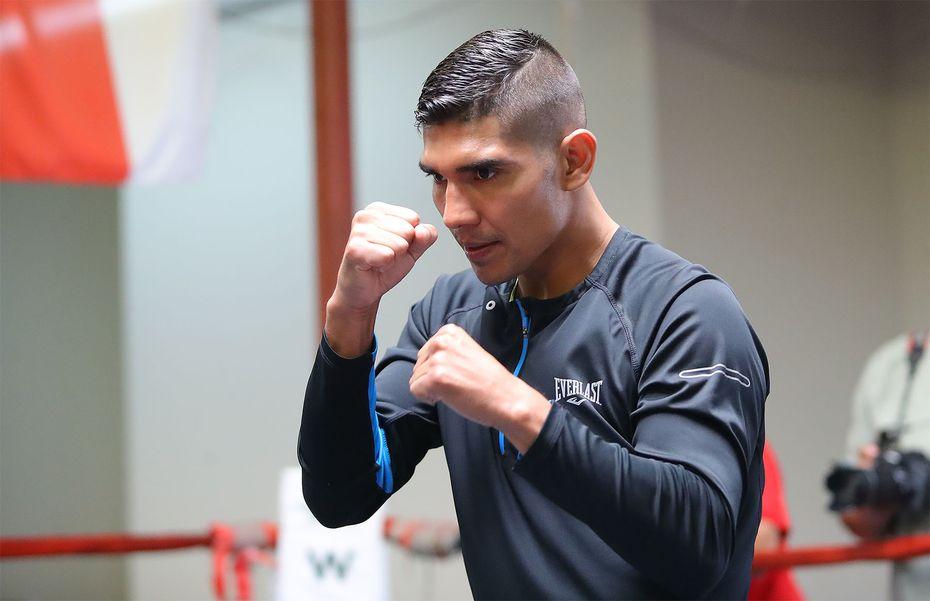Antonio Orozco el miércoles durante una práctica pública en el gimnasio Irving PAL.